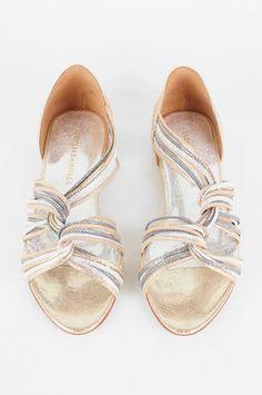 Loeffler Randall Lila Flat Twist Sandals