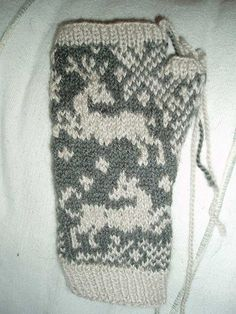 Tapestry Mitts - Fair Isle knitting chart for mittens
