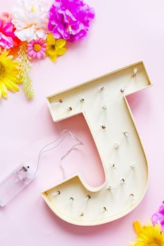 DIY LIGHT UP FLORAL LETTERS WITH ARTIFICIAL FLOWERS FOR YOUR WEDDING DECOR | Bespoke-Bride: Wedding Blog