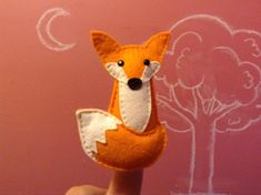 Easy to sew felt PDF pattern. DIY Tania the Fox by Phoraminiphera