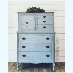 Blue Distressed Furniture, Blue Painted Furniture, Blue Painted Dressers, Refinished Furniture, Furniture Refinishing, Repurposed Furniture, Antique Furniture, Robins Egg Blue Paint, Duck Egg Blue Chalk Paint