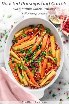 Roasted Parsnips and Carrots with Maple Glaze Carrots In Oven, Roasted Carrots And Parsnips, Maple Glazed Carrots, Cooked Carrots, Vegan Side Dishes, Side Dish Recipes, Vegetable Recipes, Veggie Food, Thanksgiving Vegetables