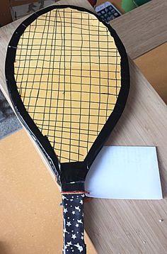 Een heel erg vergroot racket kun je altijd maken voor een tennisliefhebber.