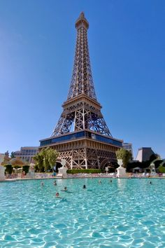 Paris Hotel - Top 20 Las Vegas Resort Pools (part 1)