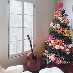 floral swirl christmas tree