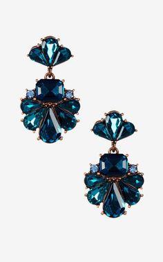Olivia Welles | Derika Detailed Earrings