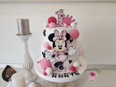 - cake by Torturi Mary - Pink Birthday Cake Ideen Mini Mouse Birthday Cake, Mini Mouse Cake, Minnie Mouse Birthday Decorations, Minnie Mouse Birthday Outfit, Pink Birthday Cakes, Funfetti Kuchen, Cake Pops, Bolo Mickey, Baby Girl Cakes