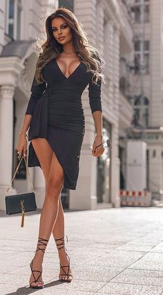 Beautiful Women Pictures, Beautiful Legs, What I Wore, Evening Dresses, Short Dresses, Dress Up, Victoria, Womens Fashion, Pink