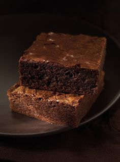 Classic Brownies. INGREDIENTS: 140 g (5 oz) dark chocolate, coarsely chopped 