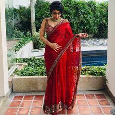 red color elegant saree design