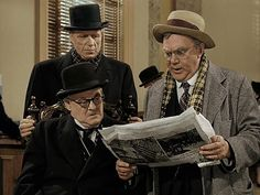 It's a Wonderful Life (1946) . Lionel Barrymore, Thomas Mitchell