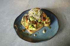 Avocadotoast in der Lab Kitchen I Veggie Love