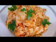 Sarmale lenoase sau la noi se mai zic ,,Galuşi treerate,, - YouTube Romanian Food, Food Videos, Risotto, Rice, Meat, Chicken, Ethnic Recipes, Youtube, Youtubers