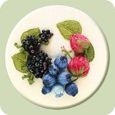 Bunches of Berries stumpwork instructions. Free raised embroidery designs.