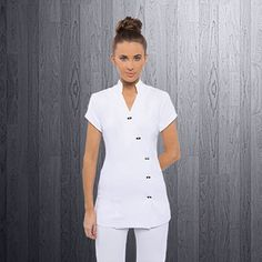 We create & supply elegant, comfortable spa uniforms and medical scrubs for businesses in Australia. Find the perfect uniform design to add class & style to your spa's presetation. Salon Uniform, Uniform Dress, Nursing Clothes, Nursing Dress, Beauty Therapist Uniform, Dental Uniforms, Scrubs Pattern, Stylish Scrubs, White Scrubs