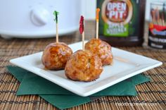 Apple Whiskey Chicken Meatballs - chicken meatballs mixed with shredded apples and smothered in Apple Whiskey barbecue sauce #chicken #meatballs #openpit @brucrewlife