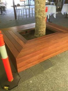 Tree surround seat
