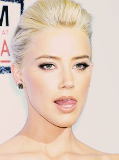 I love this look! Hollywood Girls, Hollywood Celebrities, Amber Heart, Amber Rose, Amber Heard Makeup, Beautiful Gorgeous, Beautiful Women, Hair Skin Nails, Woman Painting