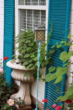 French blue painted shutters. Rust-Oleum Satin Lagoon Ultra Cover 2x