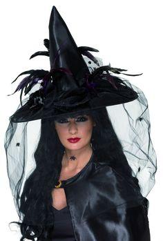 Sombrero de bruja de lujo para mujer, ideal para Halloween: Este sombrero de bruja negro de lujo está embellecido con bonitas plumas y tul negro con arañitas. (Capa no incluida). Este magnífico sombrero es el accesorio imprescindible para...