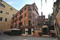Venice Hotels: Hotel La Fenice Et Des Artistes #Venice Italy is  be minutes from La Fenice Opera House and St. Mark's Basilica. This 4-star hotel is close to Rialto Bridge and Squero di San Trovaso. http://www.lowestroomrates.com/avail/hotels/Italy/Venice/Hotel-La-Fenice-Et-Des-Artistes.html?m=p #lowestroomratesVenice