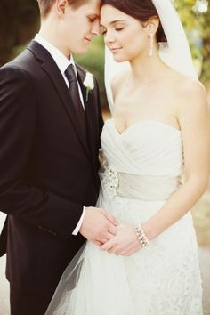 wedding couple in a stunning strapless dress Wedding Couple Poses, Couple Posing, Wedding Couples, Wedding Ideas, Wedding Pictures, Wedding Groom, Wedding Suits, Wedding Dresses, Masquerade Wedding