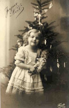 Victorian Christmas Photos Archives - Miniature Dolls by Gina .