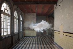 Berndnaut Smilde - Cloud in room 2012