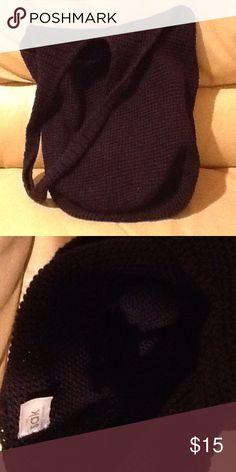 The Sak crotchet hobo bag Open interior, no pockets or zippers. Good used condition. The Sak Bags Hobos