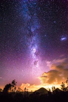 Photograph Milky way over Glass House Mountains by Tristan Zhang on 500px