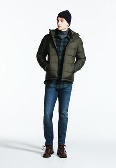 Down & Parkas in Outerwear & Coats, Girls' Styles and a lot more. Men's Coats And Jackets, Winter Jackets, Women's Coats, Parka Outfit, Green Parka, Winter Outfits Men, Down Parka, Look Cool, Winter Fashion