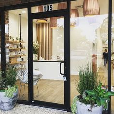 Aura Beauty in Norman has been such a wonderful project! 💛 We absolutely love working with them and are so crazy happy with how everything turned out. Just look at this storefront! Do yourself a favor and go visit them on Main St. in #Norman! 😍 #BellaViciDesigns #CommercialDesigns #NormanOK #Beauty #shop #local #shoplocal #Oklahoma #retail