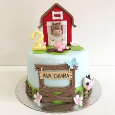 Animal Birthday Cakes, Farm Animal Birthday, Farm Birthday, Barnyard Cake, Farm Cake, Cake Topper Tutorial, Cake Toppers, Farm Animal Cakes, 2nd Birthday Party For Girl