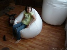 How to make chair Furniture Making, Diy Furniture, Bean Bag Pattern, Patterned Chair, Diy Home Crafts, Bean Bag Chair, Bed Pillows, Sewing Projects, Design