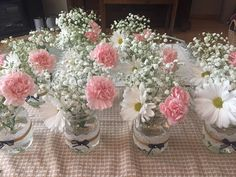 Table decorations for 15 years of Helô- Enfeites de mesa para 15 anos de Helô Table decorations for 15 years of Helô - Wedding Table Centerpieces, Baby Shower Centerpieces, Floral Centerpieces, Flower Arrangements, Wedding Decorations, Simple Table Decorations, Diy Wedding, Rustic Wedding, Wedding Flowers