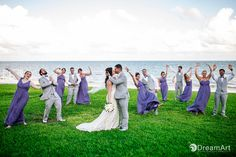 Great moments together! Wedding picture at #MoonPalaceGolf&SpaResort @Palace Resorts @pWeddings #DreamArtPhotography #DreamArtWeddings #WeddingPhotography #Wedding #DestinationWeddings #Photography #Cancun #CancunPhotography #Mexico #Bridalparty