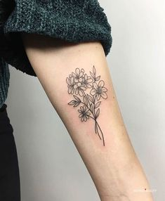 Arm Tattoos Forearm, Bicep Tattoo Women, Outer Forearm Tattoo, Inner Bicep Tattoo, Forearm Flower Tattoo, Forarm Tattoos, Anklet Tattoos, Girl Arm Tattoos, Arm Tattoos For Women