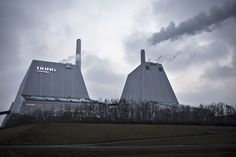 Denmark's largest energy company Dong Energy plans to stop using coal completely by 2023 http://ift.tt/2kZKNxW