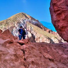 Existem alguns lugares no mundo onde o surreal encontra-se com a natureza um destes lugares mágicos é o#ValleDelArcoiris no #Atacama - - - - - - - - - - -  #CDVTripAtacama #ComerDormirViajar #sanpedrodeatacama #chile #loucospeloatacama #desertodoatacama #desert #atacamadesert #atacamachile #atacamadesertchile #atacamalovers #southamerica #getoutsidechile #beautifuldestinations #visitchile #americadosul #blogueirosdeviagem #travel #LoveTravel #viagem #wes2travel @aylluatacama #CDVTripAyllu…