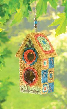 ideas for crochet bird house,crochet birdhouse Crochet Birds, Love Crochet, Crochet Flowers, Crochet Decoration, Yarn Bombing, Crochet Home, Crochet Accessories, Bird Houses, Mobiles