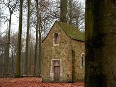 Small chapel in Argenteuil