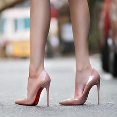 high heels – High Heels Daily Heels, stilettos and women's Shoes Stilettos, Pumps Heels, Stiletto Heels, Nude Pumps, Shoes Sandals, Platform High Heels, High Heel Boots, Heeled Boots, Beautiful High Heels