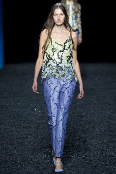 Mary Katrantzou Spring 2015 Ready-to-Wear Fashion Show - Zoe Huxford