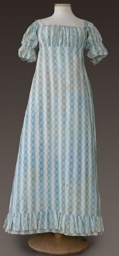 Day Dress, Cotton, American, 1815-1820. Greene collection, Genesee Country Village & Museum. Example of roller print.