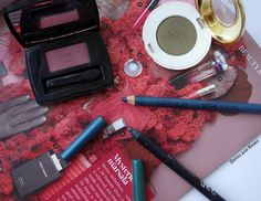 Fall Make up Favorites by chanel, charlotte tilbury, H&M, catrice, essence. Budget and high end beauty for autumn.
