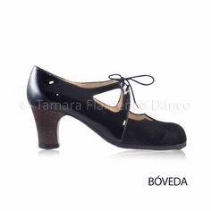 Zapato profesional de flamenco Begoña Cervera modelo Dulce charol y ante negro tacon visto oscuro https://www.tamaraflamenco.com/es/zapatos-de-flamenco-profesionales-4