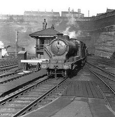Approaching Nottingham Victoria Station from the north in 1955