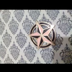 Star belt buckle Baby pink and black star belt buckle, small scratches not noticeable Accessories Belts