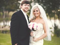 Real Jonesboro Weddings: Sarah DeHart's Sparkled Décor Brings Smiles arkansasbride.com