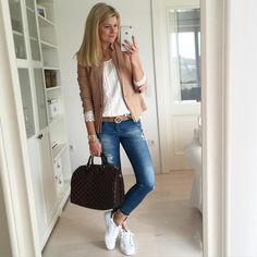 Guten Morgen liebe Insta! Habt einen tollen Tag! ☀️ #ootd #metoday #potd #fashion #style #styling #fashionista #instagood #instalike…